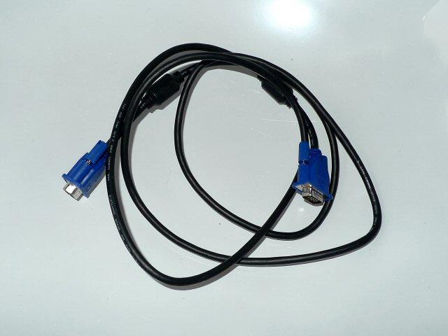 Video- und VGA-Kabel
